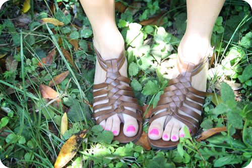 MM quiet afternoon feet