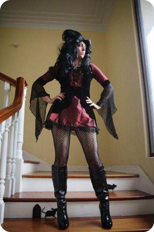Danielle vampire 1