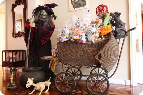 Halloween baby cradle
