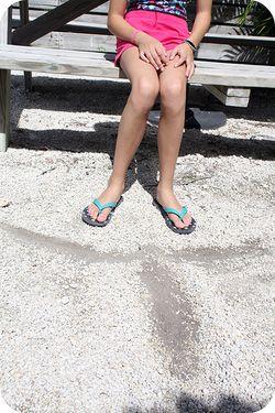 Dolphin feet sand art