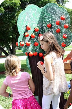 Fall fest apple tree 2 sis
