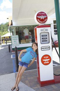 Summer gas plank