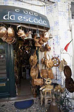 Portugal Sintra kettle storefront