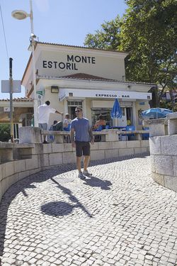 Portugal dave walk estoril