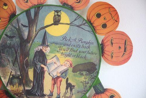 Halloween vintage circle